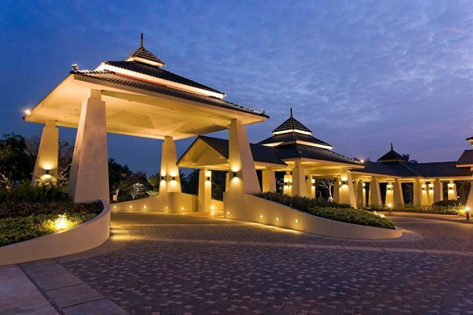 Novotel Chumphon Beach Resort and Golf - dream vacation