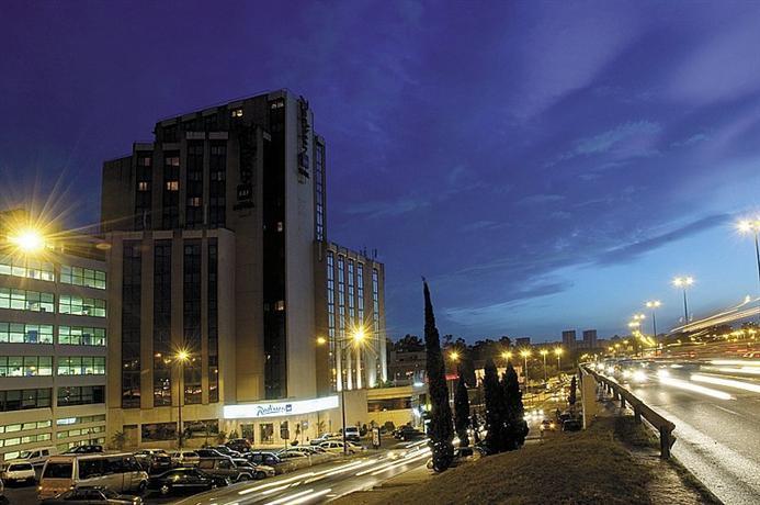 Radisson Blu Hotel Lisbon Отель Радиссон Блу Лиссабон