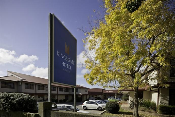 Distinction Hamilton Hotel & Conference Centre - dream vacation