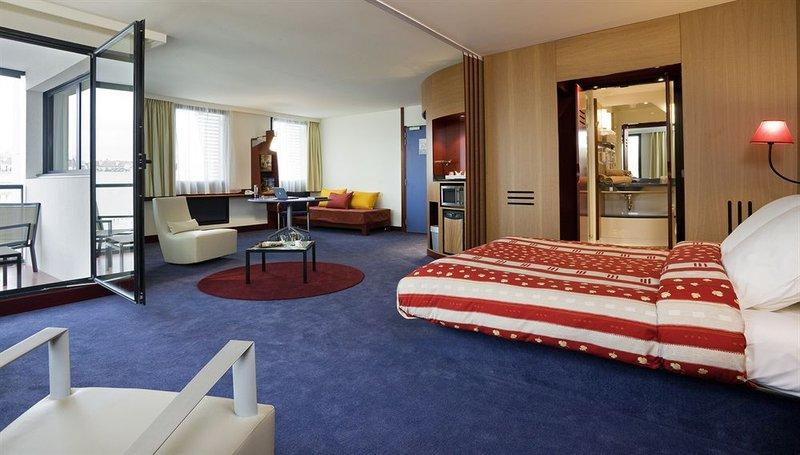 Novotel Suites Marseille Centre Euromed - Marseille -