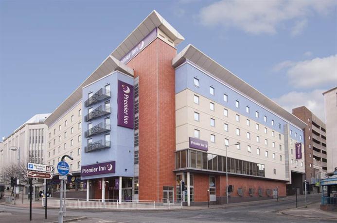 Premier Inn Sheffield City Centre - Angel St - dream vacation