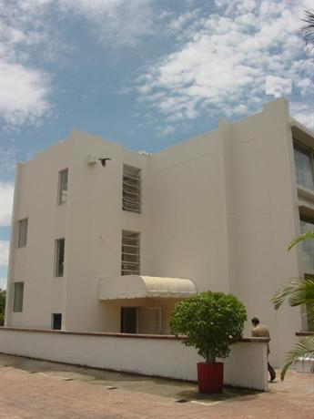 Plaza Hotel And Suites San Salvador - dream vacation