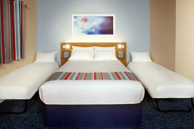 Travelodge Chester Central - dream vacation