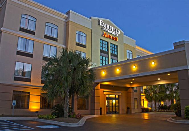 Fairfield Inn & Suites Charleston Airport Convention Center - Charleston -