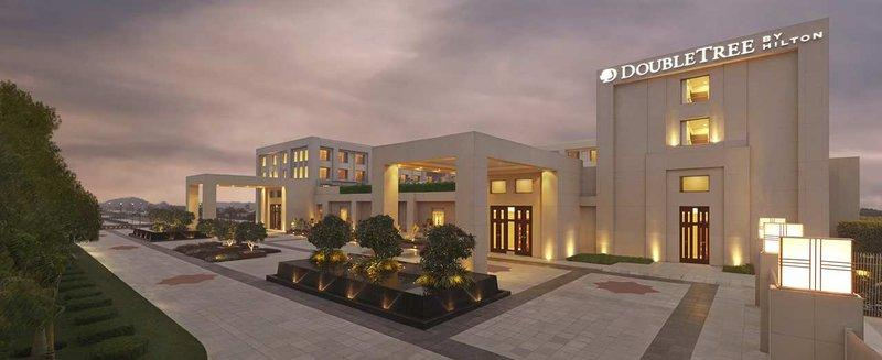 DoubleTree by Hilton Agra - dream vacation