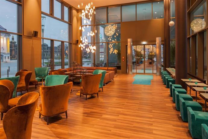 Motel One Dresden am Zwinger - dream vacation