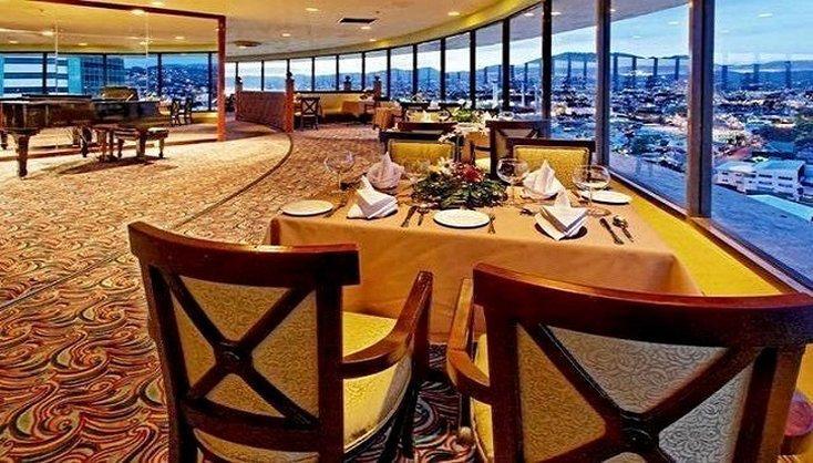 Capital Plaza Hotel Trinidad - dream vacation