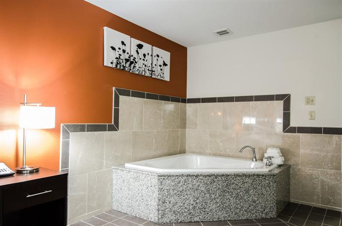 Sleep Inn Amp Suites And Conference Center Indianapolis