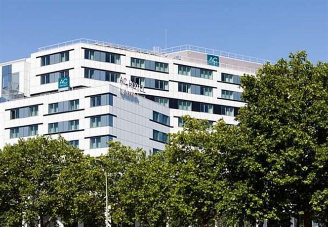 AC Hotel Paris Porte Maillot by Marriott A Marriott Luxury & Lifestyle Hotel - dream vacation