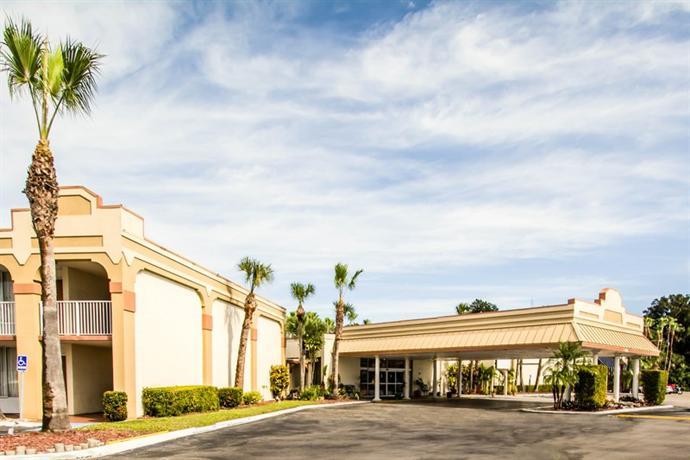 Econo Lodge Port Canaveral Area - dream vacation