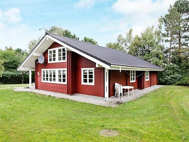 Four-Bedroom Holiday home in Kalundborg 1 - dream vacation
