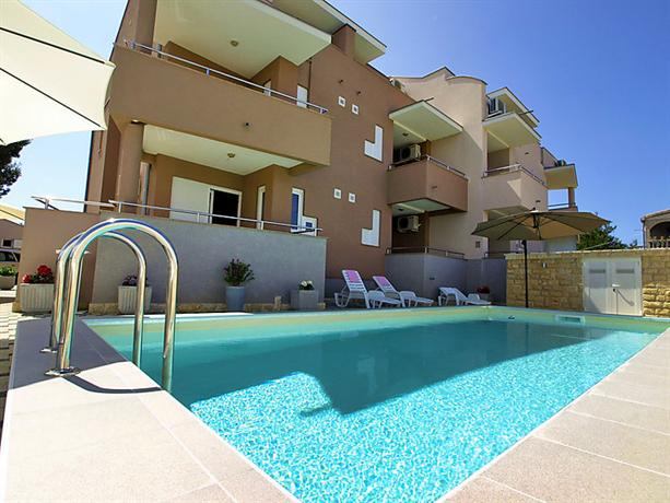 Interhome - Mlasina Nin Zadar County - dream vacation