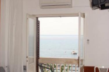 Marin Apartments Podstrana - dream vacation