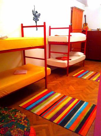 Crazy House Hostel - dream vacation