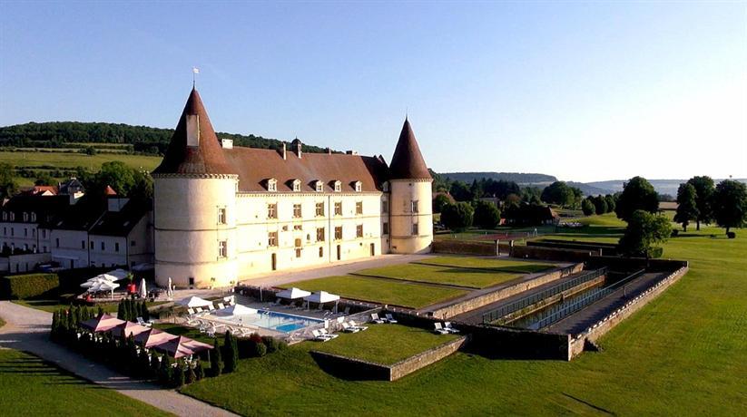 chateau de chailly mont saint jean compare deals. Black Bedroom Furniture Sets. Home Design Ideas