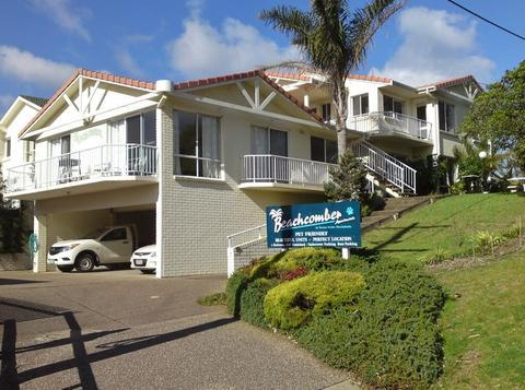 Beachcomber Apartments