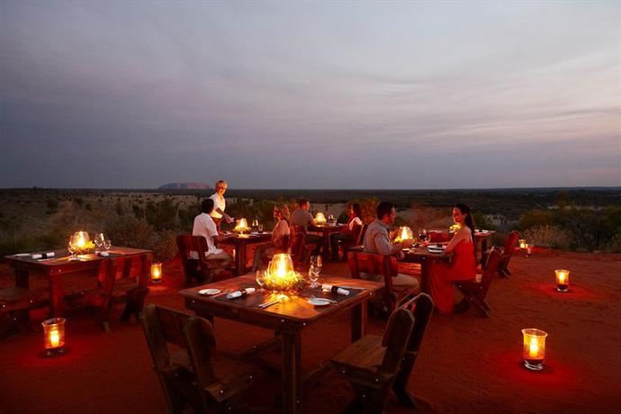 About Desert Gardens Hotel