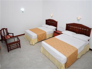Katharagama Safari Hotel - dream vacation