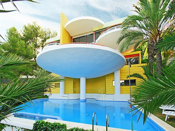 Interhome - Urb Vallpineda Avda Miquel Utrillo 99 - dream vacation