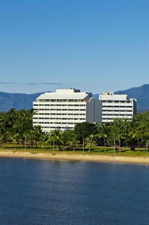 Holiday Inn Cairns Harbourside Меркьюре Кэрнс Харбоьюрсиде