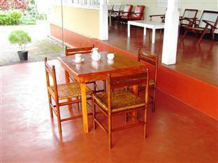 Rest House Deniyaya - dream vacation