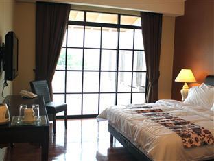 Roof Garden Hotel Shah Alam - dream vacation