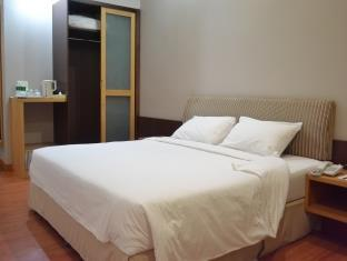 Kingwood Hotel Mukah - dream vacation