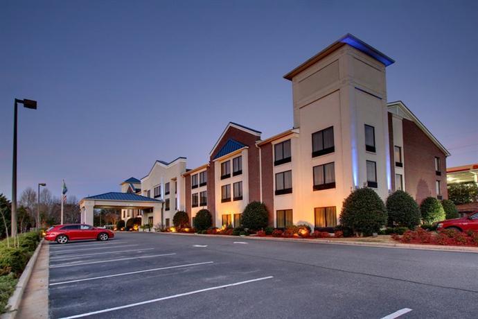 Holiday Inn Express Dahlonega - dream vacation