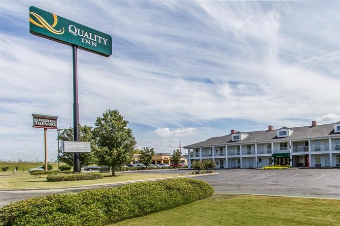 Quality Inn Scottsboro - dream vacation