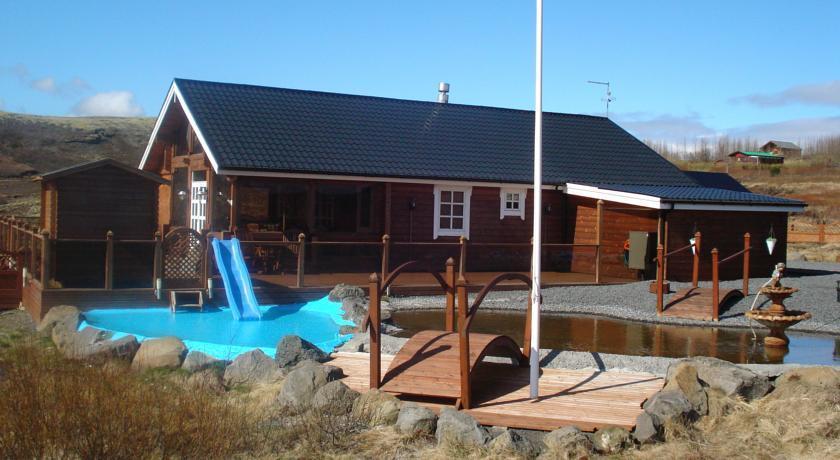 Glaesibaer Luxury Summerhouse with Hot Tub and Sauna - dream vacation