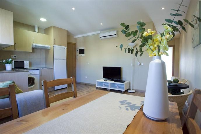 Apartamentos APR Numancia - Madrid -