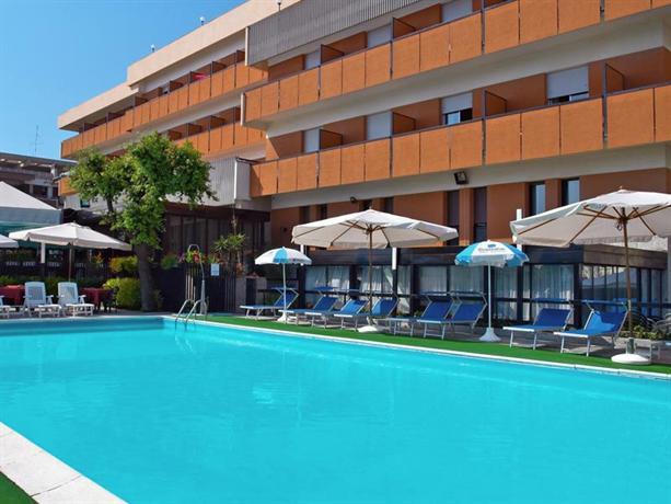 Hotel Regina Elena Rimini