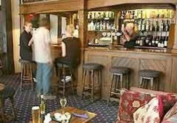 Red Lion Hotel Colchester - dream vacation