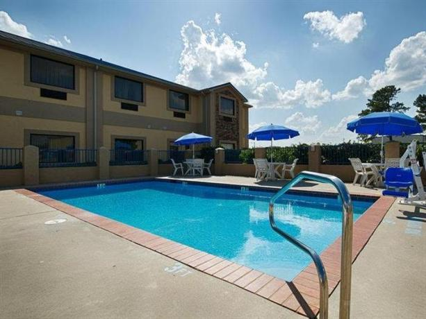Lake Hartwell Inn and Suites - dream vacation