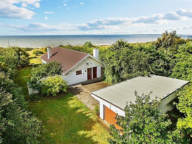 Three-Bedroom Holiday home in Spottrup 7 - dream vacation