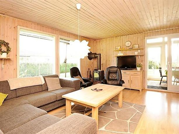 Three-Bedroom Holiday home in Borkop 13 - dream vacation