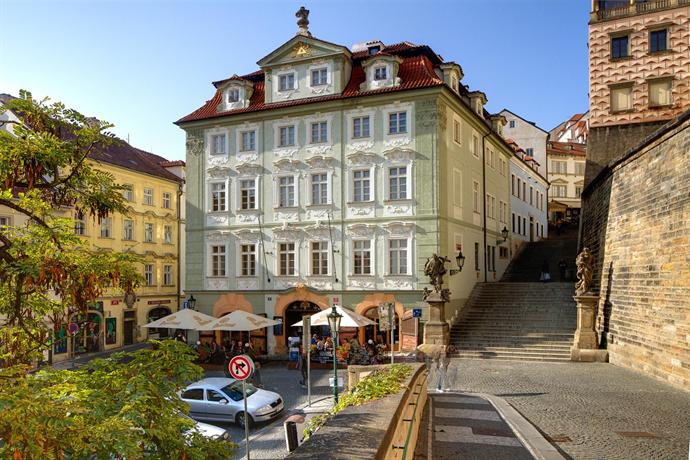 Golden Star Prague - dream vacation