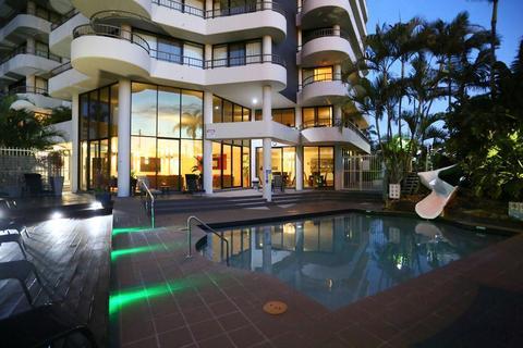 Photo: Regent Apartments