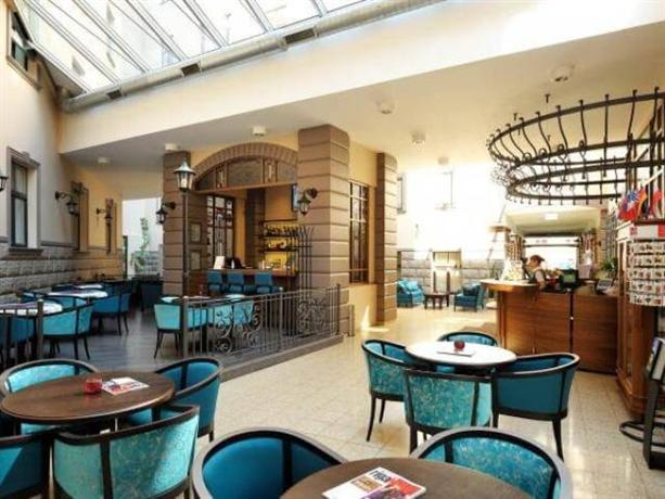 City Hotel Teater - dream vacation