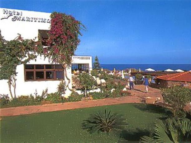 Maritimo Beach Hotel Sissi - dream vacation