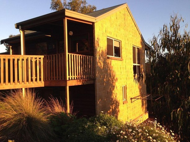 Photo: Daysy Hill Country Cottages