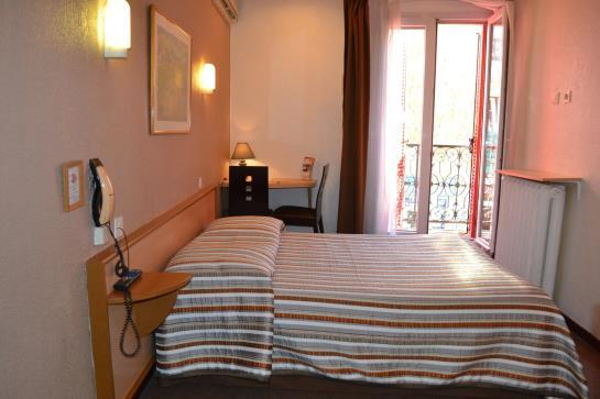 inter hotel d 39 angleterre salon de provence compare deals
