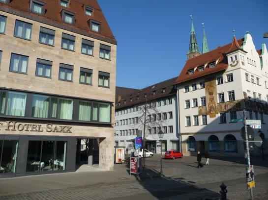 Sorat hotel saxx nurnberg nuremberg compare deals for Nurnberg hotel