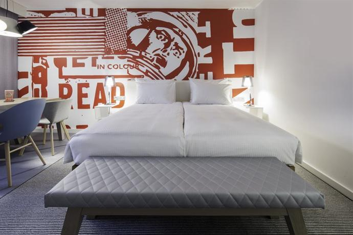 Radisson RED Hotel Brussels - dream vacation