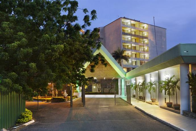 Holiday Inn Port Moresby - dream vacation