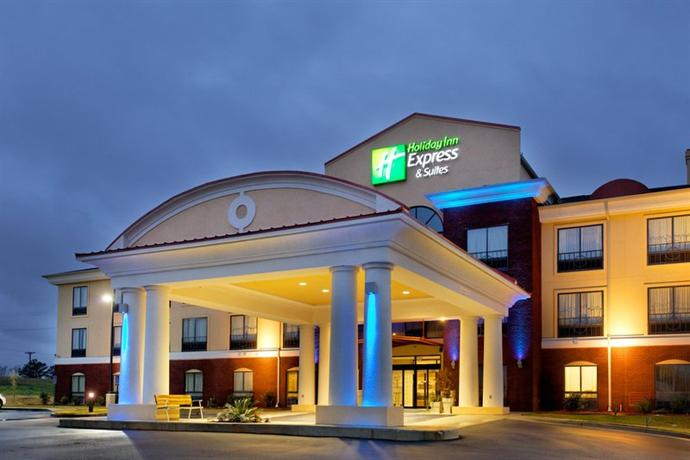 Holiday Inn Express Hotel & Suites Andalusia - dream vacation