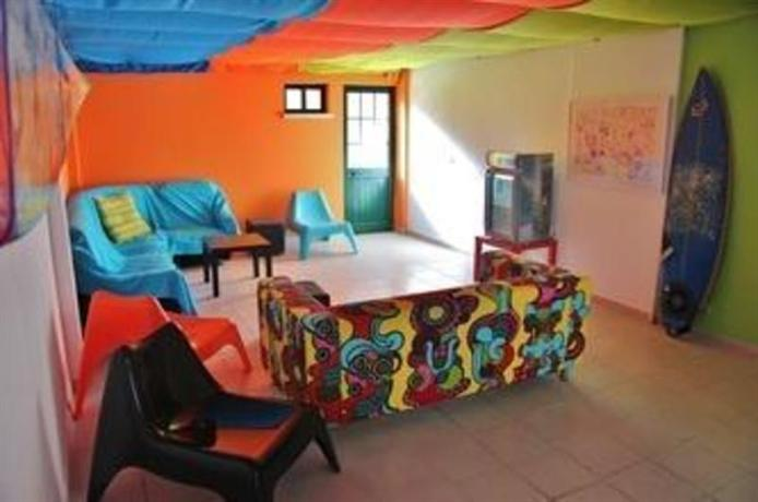 Supertubos Beach Hostel - dream vacation