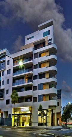 Meriton Serviced Apartments - Danks Street