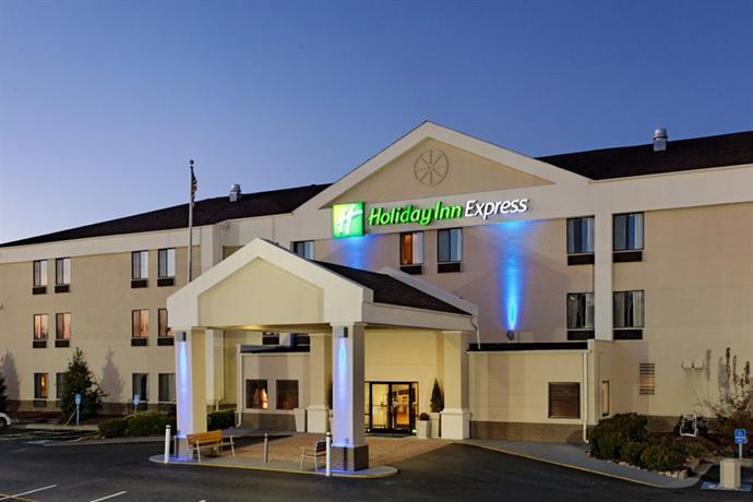 Holiday Inn Express Metropolis - dream vacation