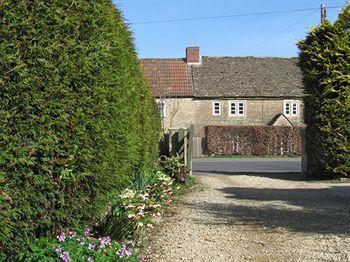 London Road Guest House Chippenham - dream vacation